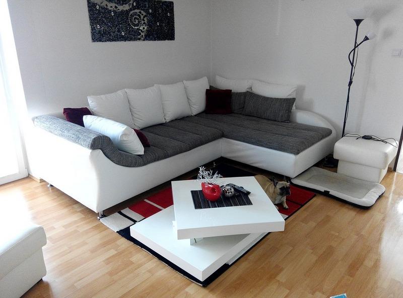 Comercial Costoya - Salón y Habitaciones - Comercial Costoya